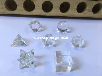 Picture of 7 piece clear quartz geomatry set
