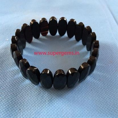 Picture of black obsidian diomond cutting bracelet